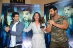 John Abraham, Sonakshi Sinha, Tahir Bhasin at Force 2 trailer launch in Mumbai on 29th Sept 2016 (279)_57ed25c94f173.JPG