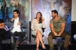John Abraham, Sonakshi Sinha, Tahir Bhasin at Force 2 trailer launch in Mumbai on 29th Sept 2016 (318)_57ed258a0d01b.JPG