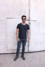 Sushant Singh Rajput At Mehboob Studio Bandra on 29th Sept 2016 (3)_57ed1b647d951.JPG