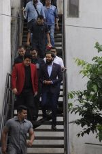 Riteish Deshmukh snapped at Filmcity on the sets of his new chat show on 29th Sept 2016 (11)_57ee2e1948888.JPG