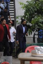 Riteish Deshmukh snapped at Filmcity on the sets of his new chat show on 29th Sept 2016 (19)_57ee2e216c8c2.JPG