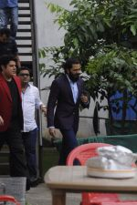 Riteish Deshmukh snapped at Filmcity on the sets of his new chat show on 29th Sept 2016 (20)_57ee2e227a991.JPG