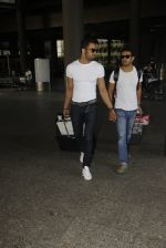 Upen Patel snapped at airport on 29th Sept 2016 (45)_57ee2cb2d473a.JPG