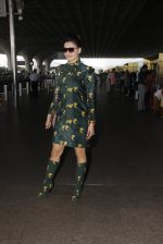 Urvashi Rautela snapped at airport on 29th Sept 2016 (29)_57ee2cc9c31db.JPG