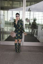 Urvashi Rautela snapped at airport on 29th Sept 2016 (40)_57ee2cde0109f.JPG