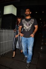 Kunal Deshmukh snapped post dinner on 30th Sept 2016 (3)_57effa555d390.JPG