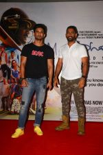 Mahendra Singh Dhoni and Sushant Singh Rajput promote film M S Dhoni in Oberoi Mall on 30th Sept 2016 (7)_57effadb682d7.JPG