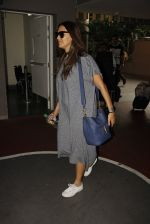 Neha Dhupia snapped at airport on 30th Sept 2016 (9)_57eff9eea70b7.JPG