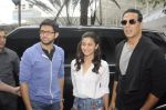 Alia Bhatt and Akshay Kumar for prize distribution for female martial arts for self defense course on 2nd Oct 2016 (3)_57f11cf855730.JPG