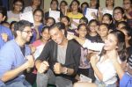 Alia Bhatt, Aditya Thackeray, Akshay Kumar for prize distribution for female martial arts for self defense course on 2nd Oct 2016 (45)_57f11c75a3685.JPG