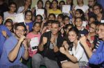 Alia Bhatt, Aditya Thackeray, Akshay Kumar for prize distribution for female martial arts for self defense course on 2nd Oct 2016 (73)_57f11cd931992.JPG