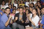 Alia Bhatt, Aditya Thackeray, Akshay Kumar for prize distribution for female martial arts for self defense course on 2nd Oct 2016 (76)_57f11d09930ba.JPG