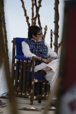 Amitabh Bachchan at NDTV Cleanathon campaign in Juhu Beach on 2nd Oct 2016 (61)_57f11d4343f37.JPG