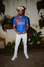 Ayushman Khurana at M S Dhoni film Screening on 30th Sept 2016 (72)_57f0ed6ee6398.JPG
