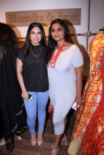 Bhumi Pednekar at Bhumika and Jyoti fashion preview on 1st Oct 2016 (50)_57f121f4058a1.JPG