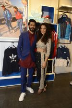 Harshvardhan Kapoor and Saiyami Kher at Adidas Event in Mumbai on 30th Sept 2016 (44)_57f0ea0c06a32.JPG