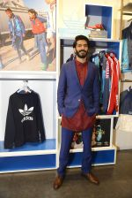 Harshvardhan Kapoor at Adidas Event in Mumbai on 30th Sept 2016 (39)_57f0ea0e30a40.JPG