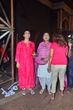 Kajol, Sharbani Mukherjee at Durga Pooja on 2nd Oct 2016 (2)_57f11bdaa314b.JPG