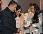 Salman Khan, Salma Khan, Arpita Khan at Being Human jewellery launch on 30th Sept 2016 (29)_57f0ef1b285b6.jpg