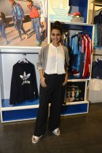 Swara Bhaskar at Adidas Event in Mumbai on 30th Sept 2016 (35)_57f0ea6742232.JPG