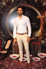 Upen Patel at Naafia Naazish exhibition on 1st Oct 2016 (22)_57f122e97984f.JPG