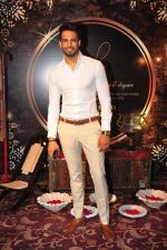 Upen Patel at Naafia Naazish exhibition on 1st Oct 2016 (25)_57f122ec1d365.JPG