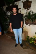 Varun Sharma at M S Dhoni film Screening on 30th Sept 2016 (34)_57f0ee2588989.JPG