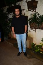 Varun Sharma at M S Dhoni film Screening on 30th Sept 2016 (35)_57f0ee2649c8d.JPG