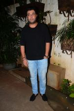 Varun Sharma at M S Dhoni film Screening on 30th Sept 2016 (36)_57f0ee2702b60.JPG