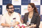 saif ali khan and kareena kapoor at prathima hospitals brand ambassador on 1st Oct 2016 (194)_57f0f6e49e275.JPG