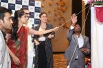 saif ali khan and kareena kapoor at prathima hospitals brand ambassador on 1st Oct 2016 (296)_57f0f6f34fade.JPG