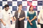 saif ali khan and kareena kapoor at prathima hospitals brand ambassador on 1st Oct 2016 (394)_57f0f8138f59b.JPG