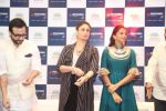 saif ali khan and kareena kapoor at prathima hospitals brand ambassador on 1st Oct 2016 (395)_57f0f70ae1622.JPG