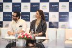 saif ali khan and kareena kapoor at prathima hospitals brand ambassador on 1st Oct 2016 (80)_57f0f7e1ede03.JPG
