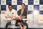 saif ali khan and kareena kapoor at prathima hospitals brand ambassador on 1st Oct 2016 (87)_57f0f6d1c5157.JPG