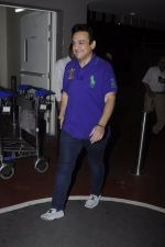 Adnan Sami snapped at airport on 3rd Oct 2016 (7)_57f3a70198e11.JPG