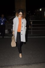 Kangana Ranaut leaves for 2 month to usa for simean movie shoot on 3rd Oct 2016 (9)_57f3a6dbde84e.JPG