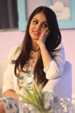 Genelia D Souza at launch of Baby Dove in India on 4th Oct 2016 (113)_57f4935fb5afb.JPG