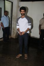 Siddharth Menon at the Screening of Queen of Katwe in Sunny Super Sound on 4th Oct 2016 (22)_57f4941e6975c.JPG