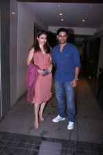 Soha Ali KHan and Kunal Khemu snapped on ocaasion of bday on 4th Oct 2016 (2)_57f4e7f97a9ee.JPG