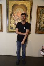 Vikas Khanna inaugurates Suvigya Sharma_s exhibtion on 3rd Oct 2016 (49)_57f495ab58820.JPG