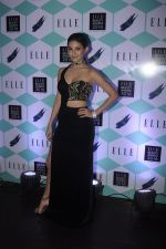 Amyra Dastur at Elle Beauty Awards on 5th Oct 2016 (31)_57f5f0567ac77.JPG