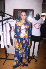 Evelyn Sharma host 3rd Garage Sale of Seams for Dreams an Initiative on 4th Oct 2016 (9)_57f5c57549a63.JPG