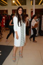 Genelia D Souza at Araish in Mumbai on 4th Oct 2016 (159)_57f5cf418e9a7.JPG