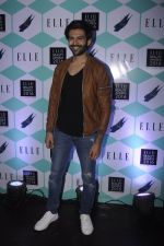 Karthik Aaryan at Elle Beauty Awards on 5th Oct 2016 (147)_57f5f08c03822.JPG