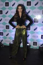 Kiara Advani at Elle Beauty Awards on 5th Oct 2016 (38)_57f5f0ab95a39.JPG