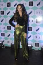 Kiara Advani at Elle Beauty Awards on 5th Oct 2016 (39)_57f5f0be46bc6.JPG