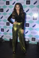 Kiara Advani at Elle Beauty Awards on 5th Oct 2016 (40)_57f5f0d89be27.JPG