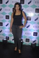 Neetu Chandra at Elle Beauty Awards on 5th Oct 2016 (35)_57f5f101dec87.JPG
