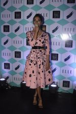 Pooja Hegde at Elle Beauty Awards on 5th Oct 2016 (67)_57f5f15e00095.JPG